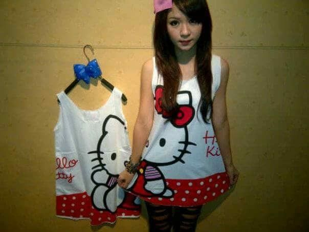 CT91-030, TANK TOP HELLO KITTY