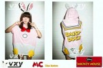 MOM95-50,DAISY DUCK HODDIE BIG TEE